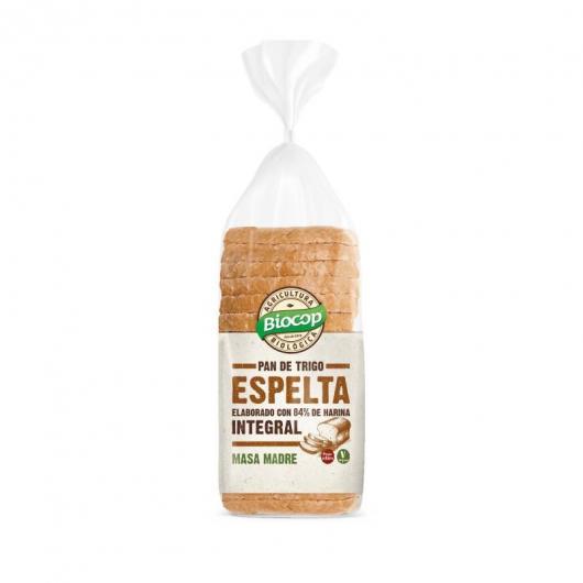 Pan de trigo de espelta elaborado con harina integral
